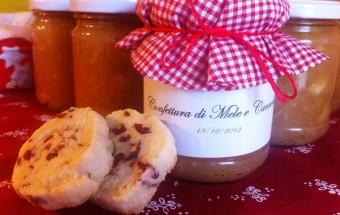 Marmellata di mele e cannella con bicotti per Natale