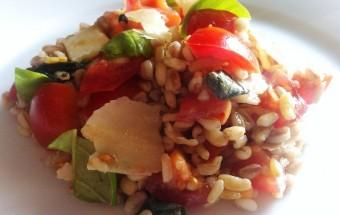 Ricetta veloce insalata fredda vegetariana vegana light e salutare