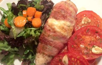 Pollo, pomodoro e insalata